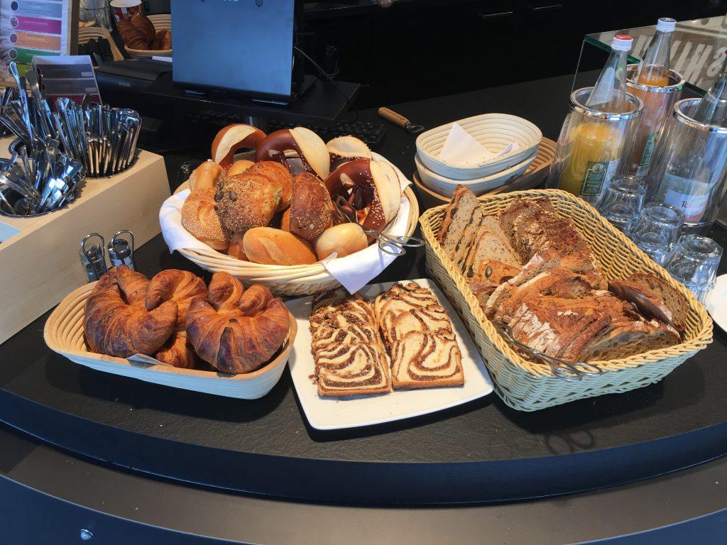 Frühstück Bäckerei Hirth